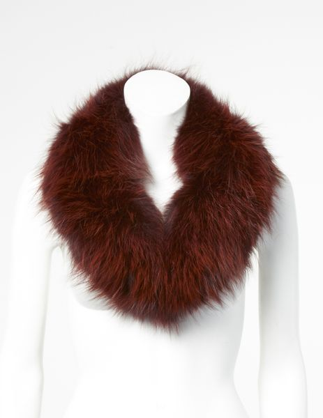 Nietos fur collar