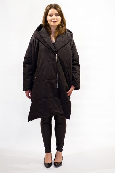 Untamo Down Coat - black